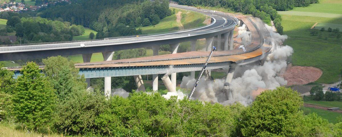 Sprengung Sinntalbrücke – Plannerer Das Abbruchunternehmen